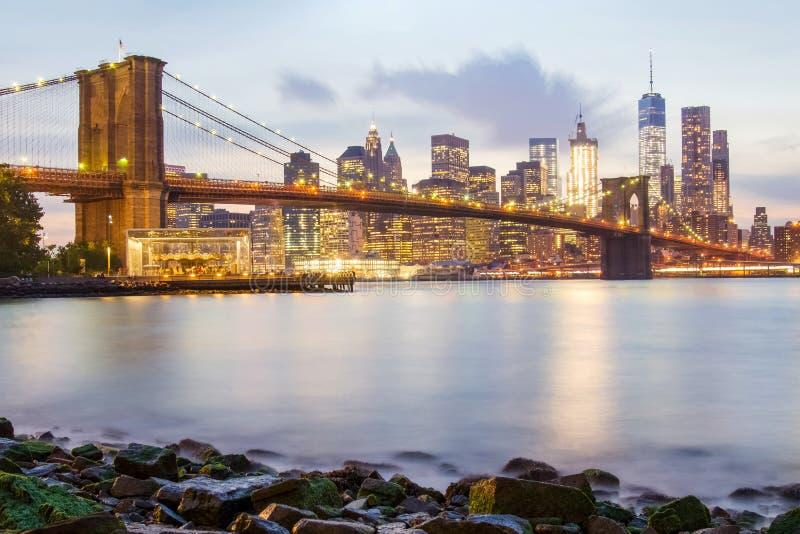 Puente de Brooklyn y el Lower Manhattan imagen de archivo libre de regalías