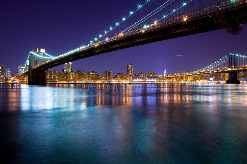 Puente de Brooklyn y puente de Manhattan imagen de archivo libre de regalías