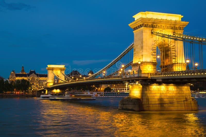 Puente de Budapest foto de archivo