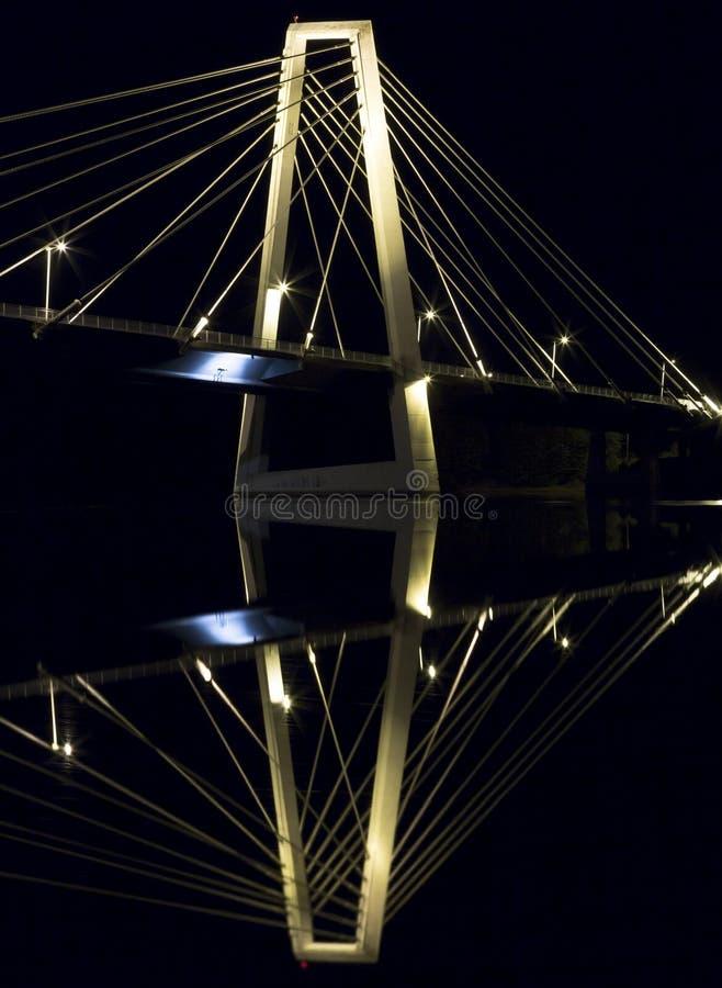 Puente de cable en UmeÃ¥, Suecia imágenes de archivo libres de regalías