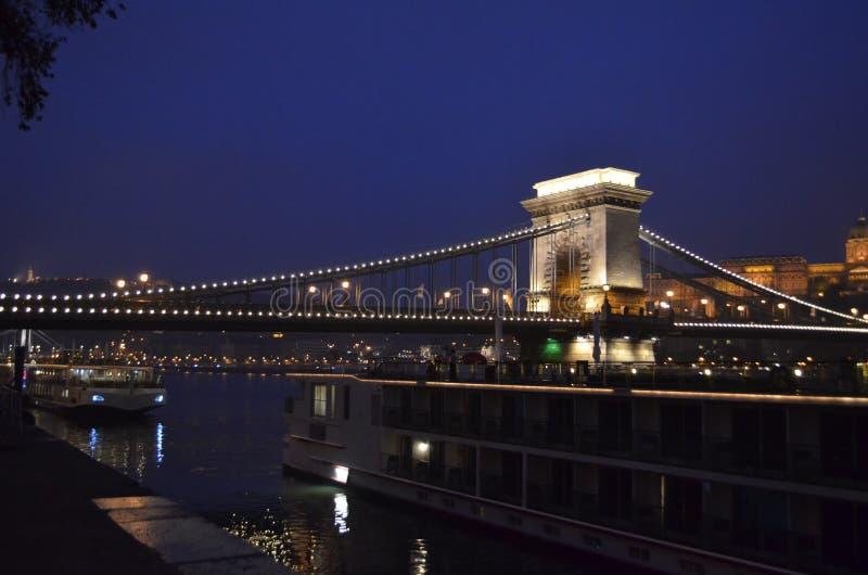 Puente de cadena - Hungría fotos de archivo libres de regalías