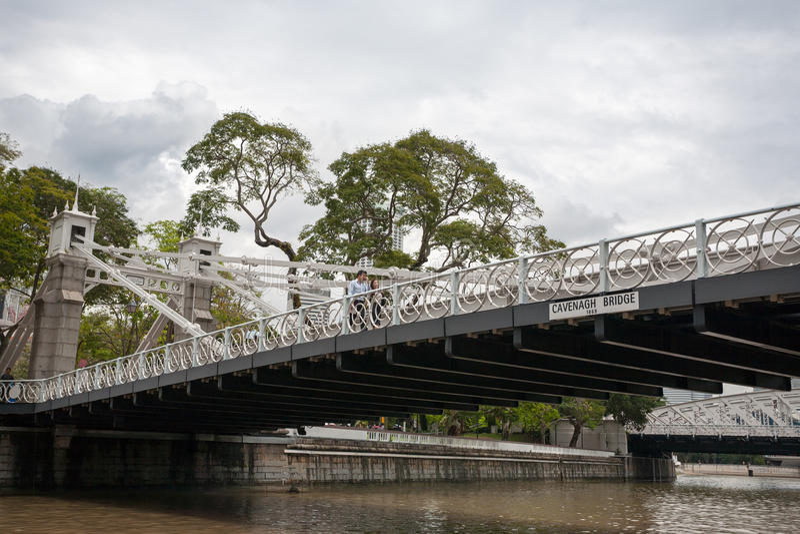 Puente de Cavenagh en Singapur imágenes de archivo libres de regalías