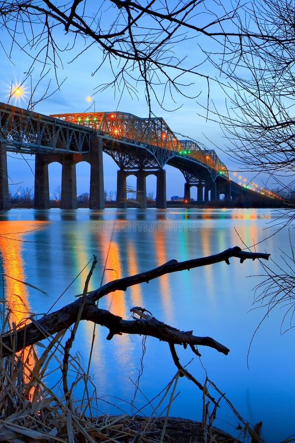 Puente de Champlain antes de la puesta del sol fotos de archivo libres de regalías