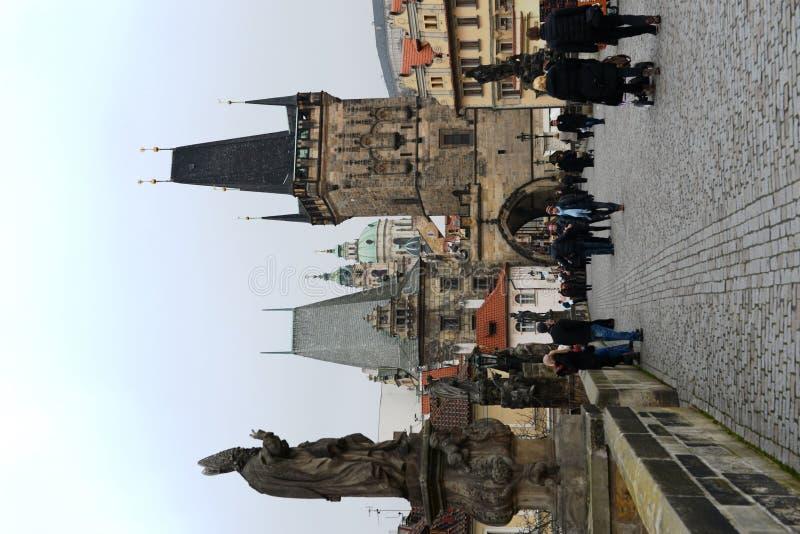 Puente de Charles en Praga fotos de archivo