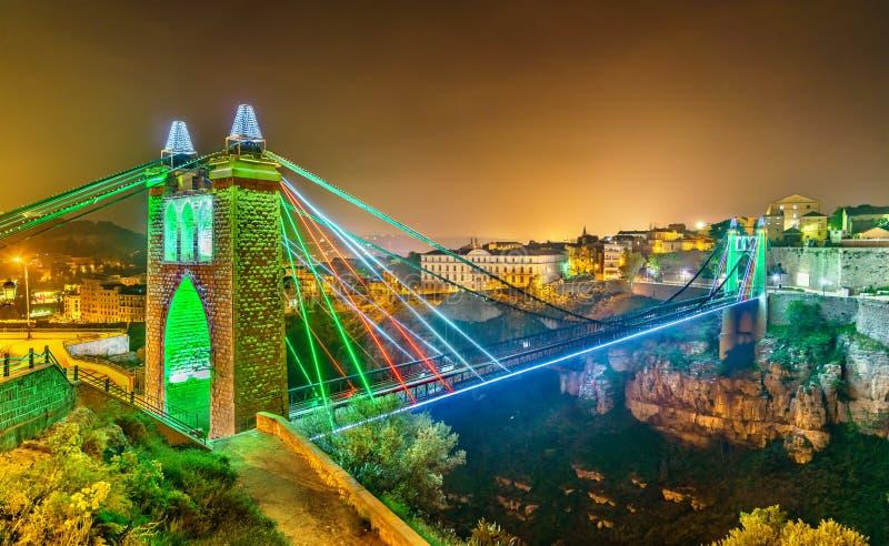 Puente de Cid del ` de Sidi M a través del río de Rhummel en Constantina, Argelia fotos de archivo