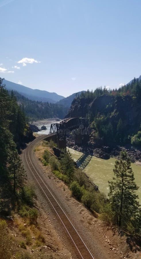 Puente de Cisco sobre Fraser River - Columbia Británica Canadá foto de archivo