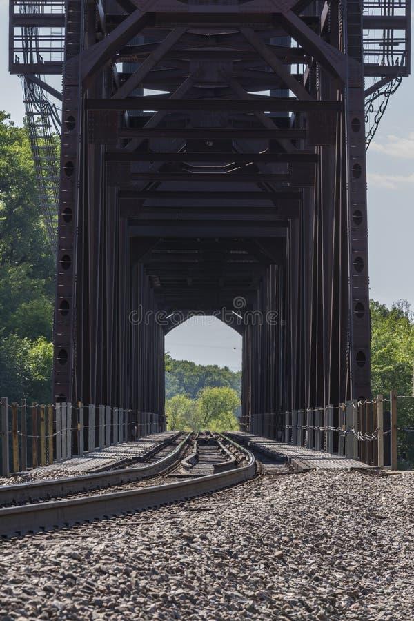 Puente de elevación del ferrocarril fotografía de archivo libre de regalías