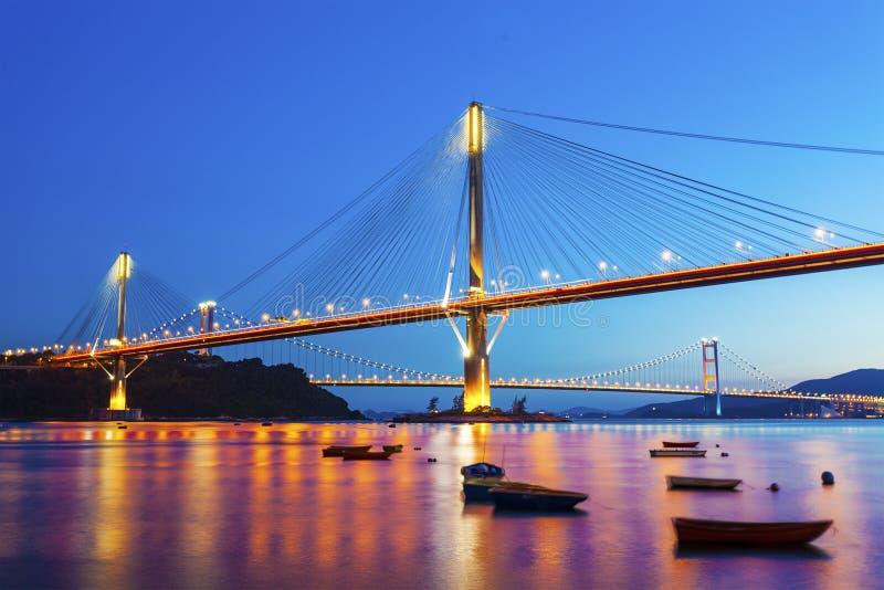 Puente de Hong-Kong en la noche foto de archivo libre de regalías