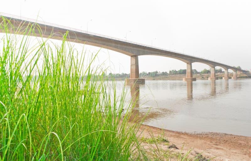 Puente de la amistad, Tailandia - Laos, primero fotos de archivo libres de regalías