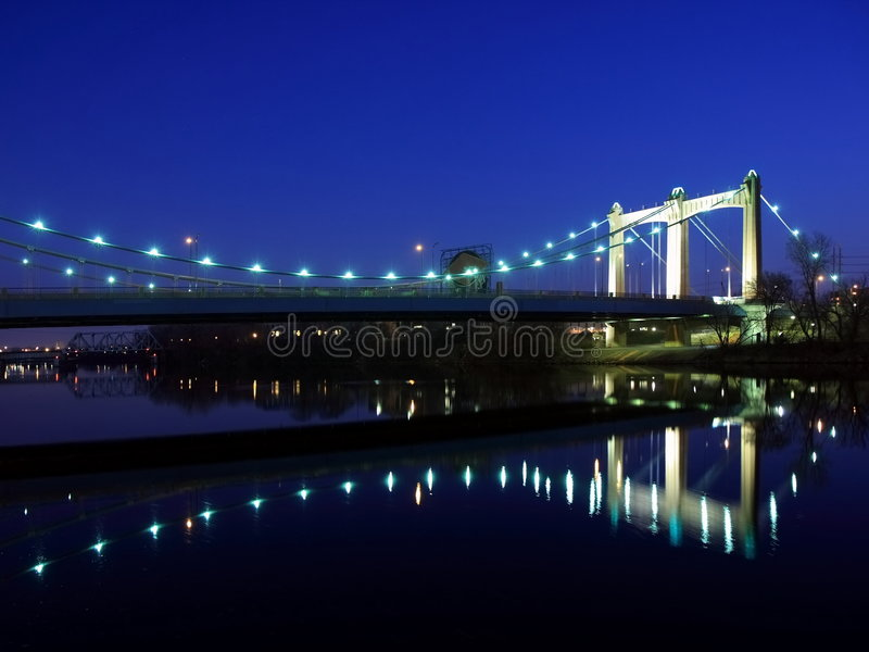 Download Puente De La Avenida De Hennepin Foto de archivo - Imagen de américa, estructura: 7150916