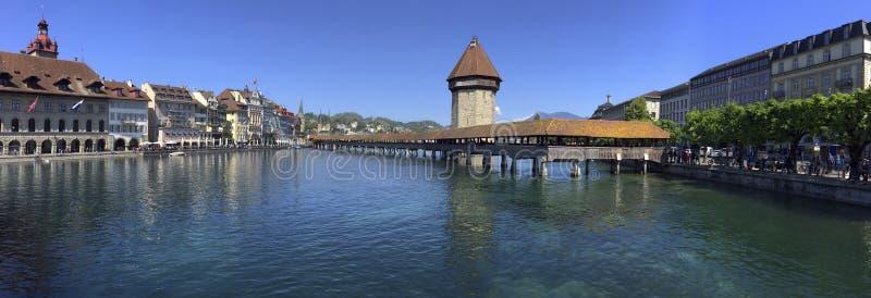 Puente de la capilla - Lucerna - Suiza imagenes de archivo