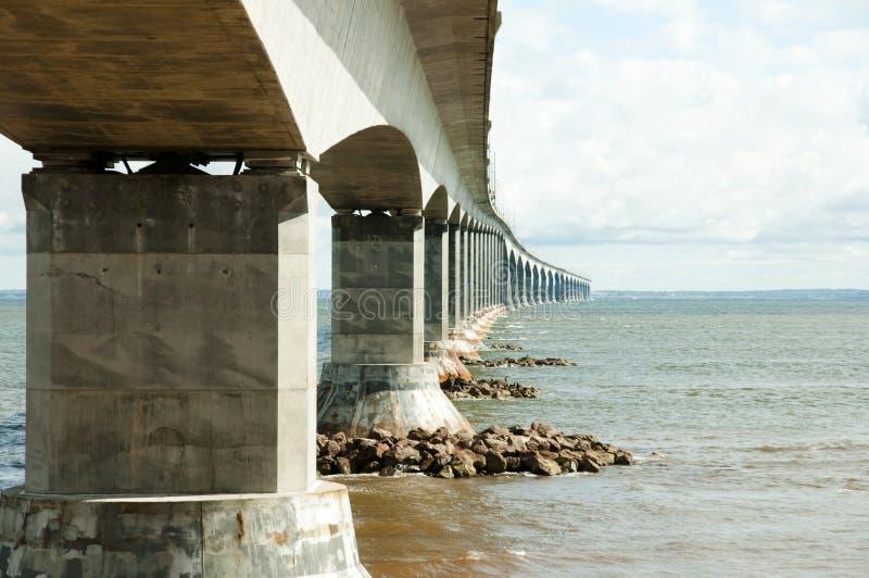 Puente de la confederación - Canadá imagenes de archivo