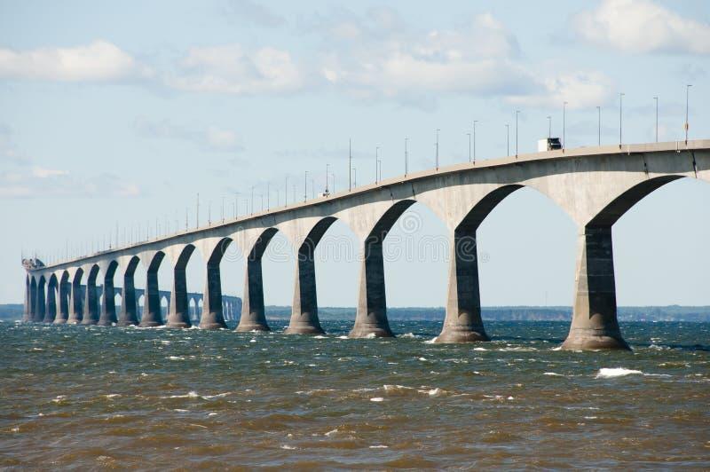 Puente de la confederación - Canadá fotos de archivo