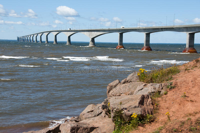 Puente de la confederación - Canadá fotografía de archivo