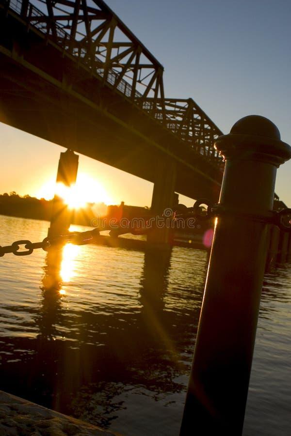 Download Puente De La Ensenada Del Hierro Foto de archivo - Imagen de reflexiones, australia: 1282994