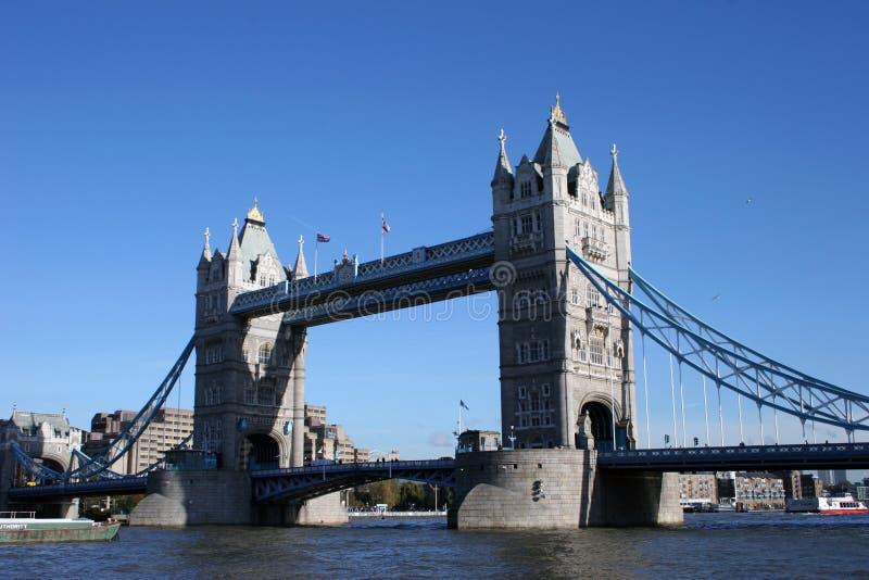Puente de la torre. fotos de archivo