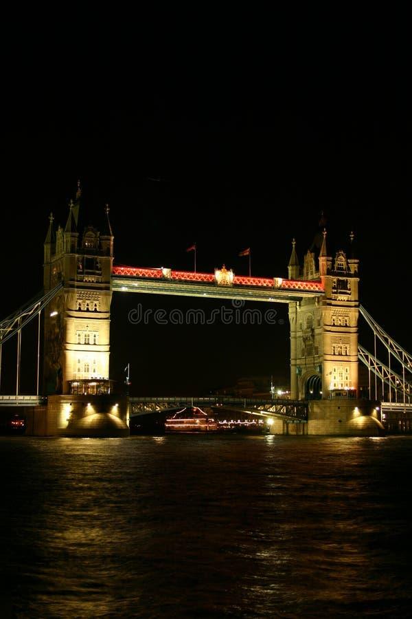 Puente De La Torre En La Noche II Imágenes de archivo libres de regalías
