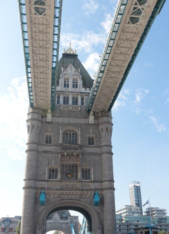 Puente de la torre en Londres - primer imagenes de archivo