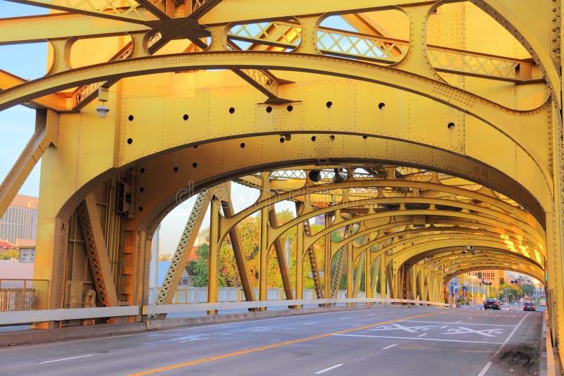 Puente de la torre, Sacramento foto de archivo