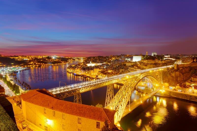 Puente de Luis I en la noche fotografía de archivo libre de regalías