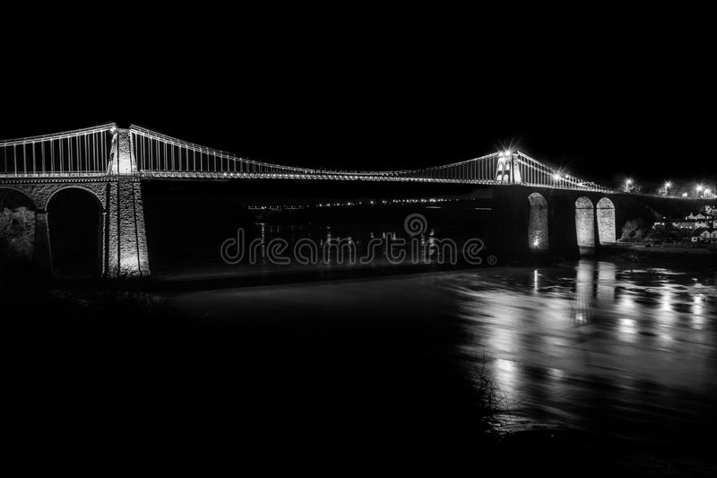 Puente de Menia blanco y negro imagen de archivo