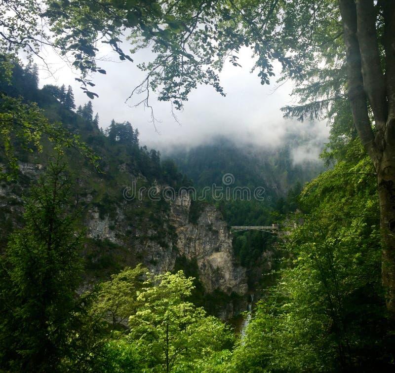 Puente de Neuschwanstein fotos de archivo libres de regalías