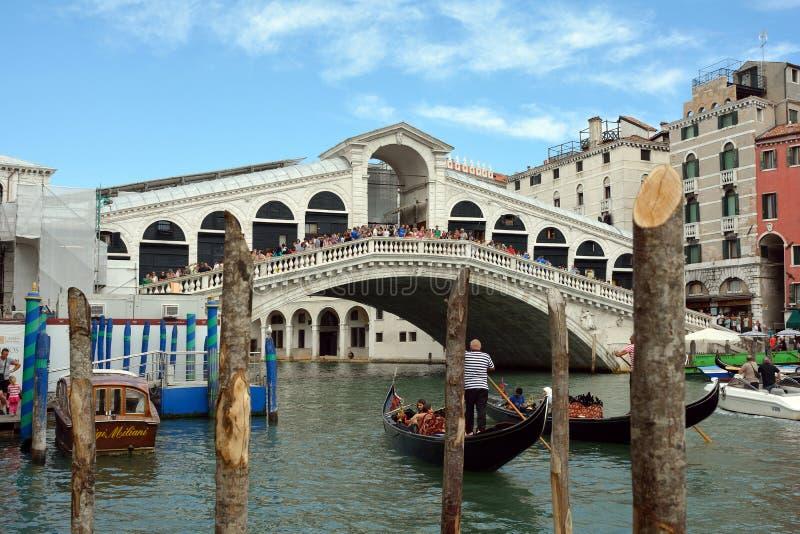 Puente de Rialto en Venecia - Italia imagen de archivo libre de regalías
