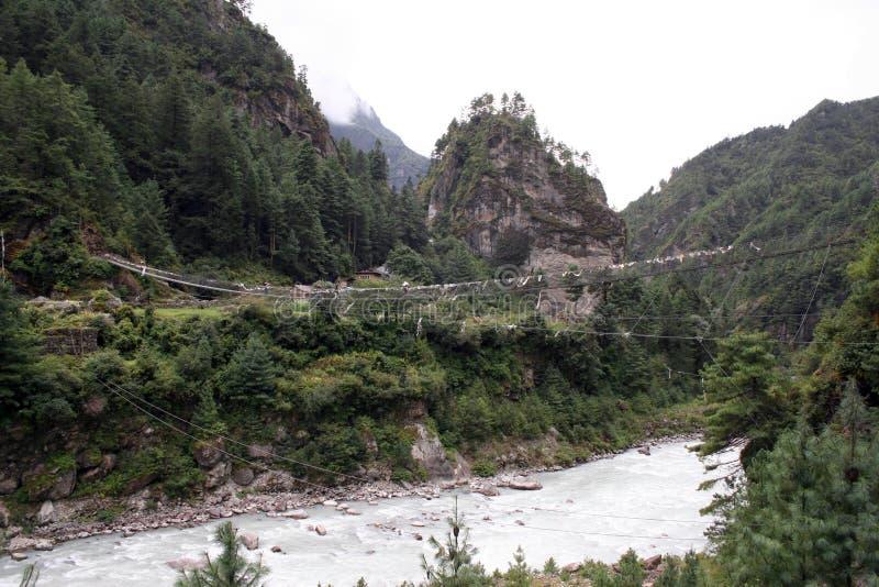 Puente de suspensión de Jorsale - Nepal fotografía de archivo libre de regalías