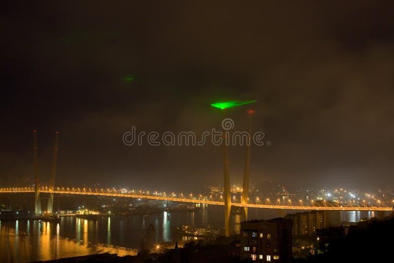 Puente de suspensión en Vladivostok, Rusia imágenes de archivo libres de regalías