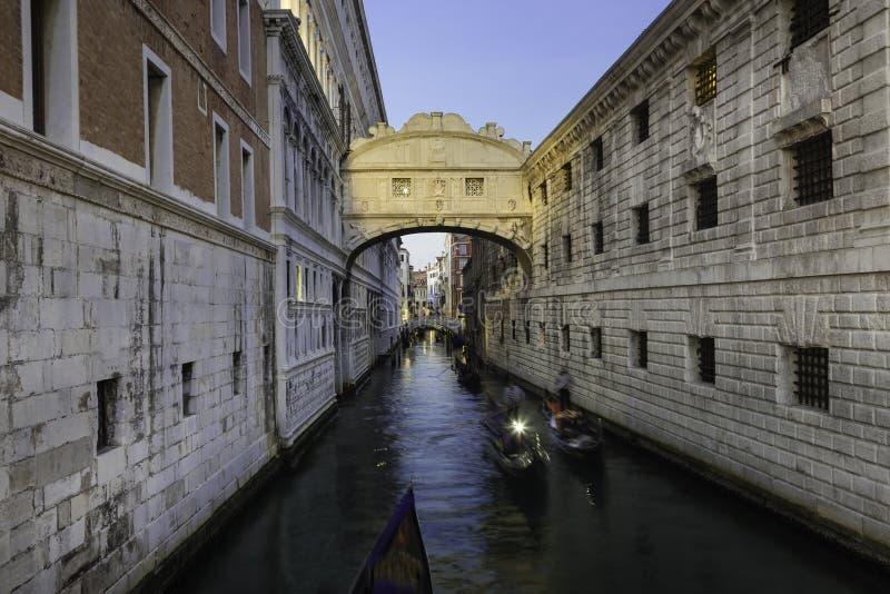 Puente de suspiros, Venecia, Italia fotos de archivo