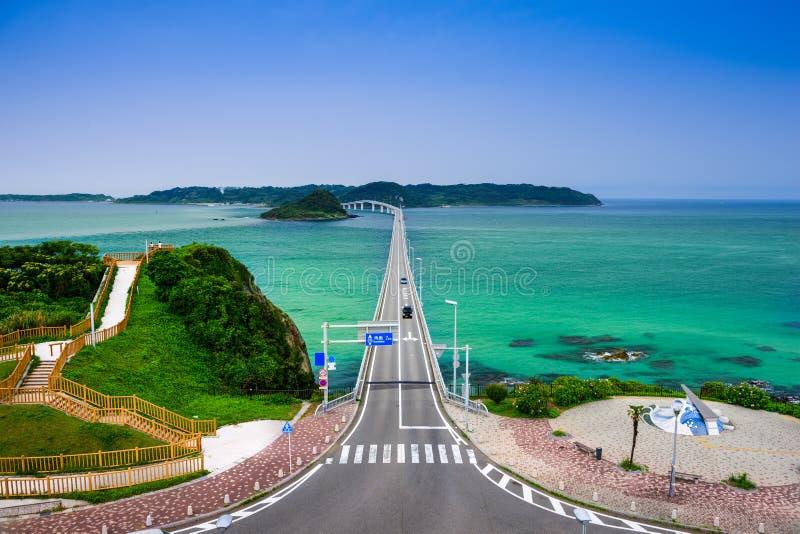 Puente de Tsunoshima en Japón fotos de archivo