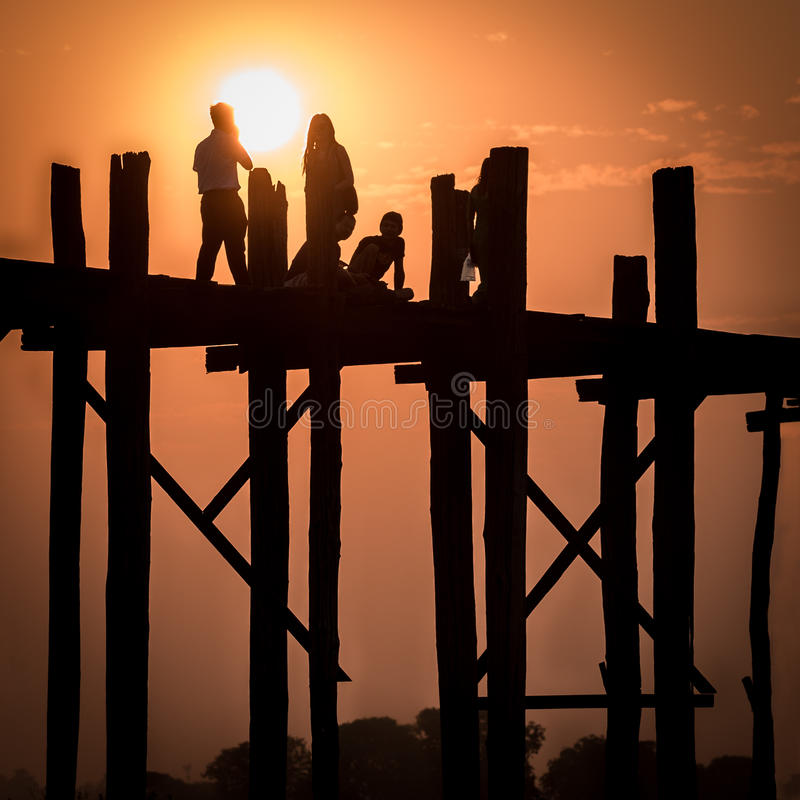 Puente de U Bein, Myanmar imagen de archivo libre de regalías