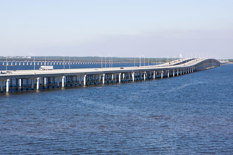Puente de un estado a otro fotos de archivo libres de regalías
