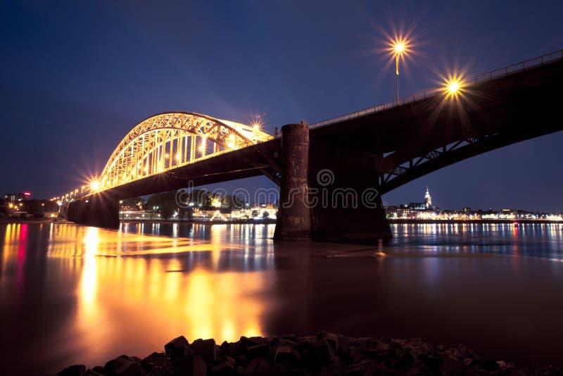 Puente de Waal, Nimega fotografía de archivo