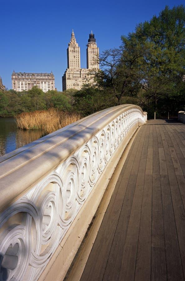 Puente del arqueamiento foto de archivo libre de regalías