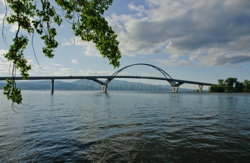 Puente del champlain del lago imagen de archivo