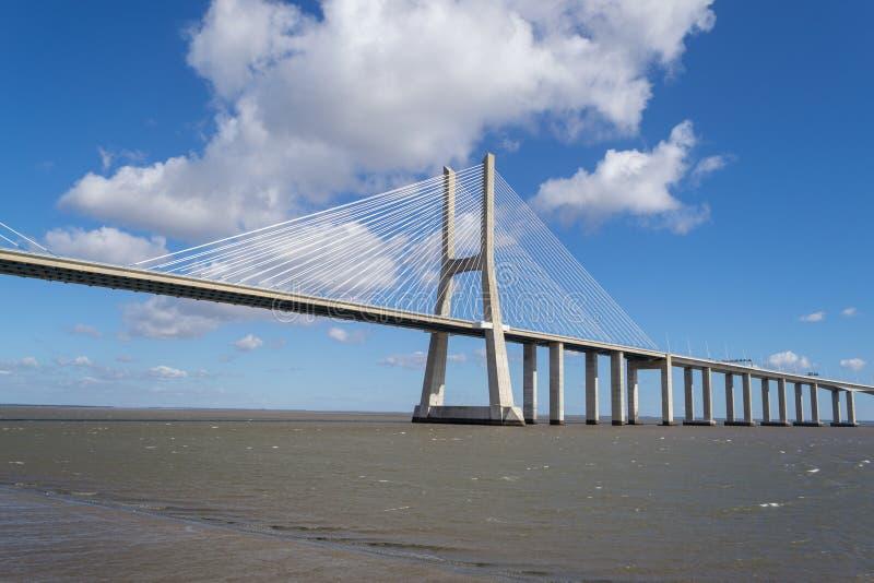 Puente del Gama de Vasco DA en Lisboa foto de archivo libre de regalías