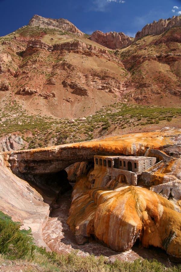 Puente del Inca arkivfoton