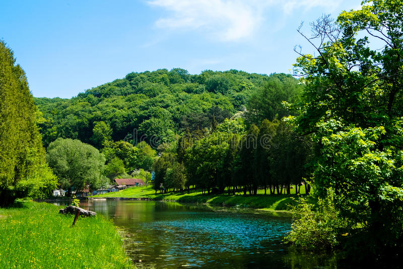 Puente del lago foto de archivo libre de regalías