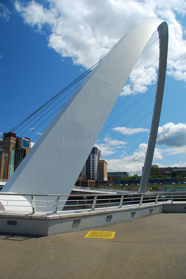 Puente del milenio. Newcastle sobre Tyne, Reino Unido fotos de archivo libres de regalías