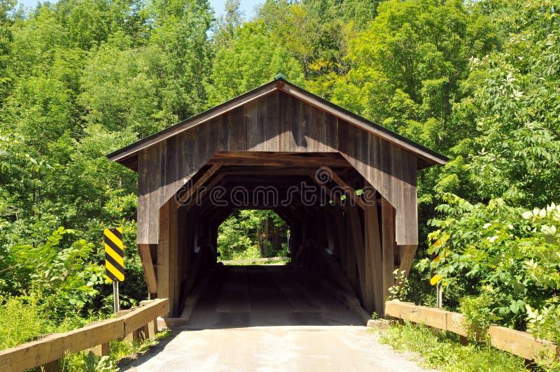 Puente del molino del grano para moler fotografía de archivo libre de regalías