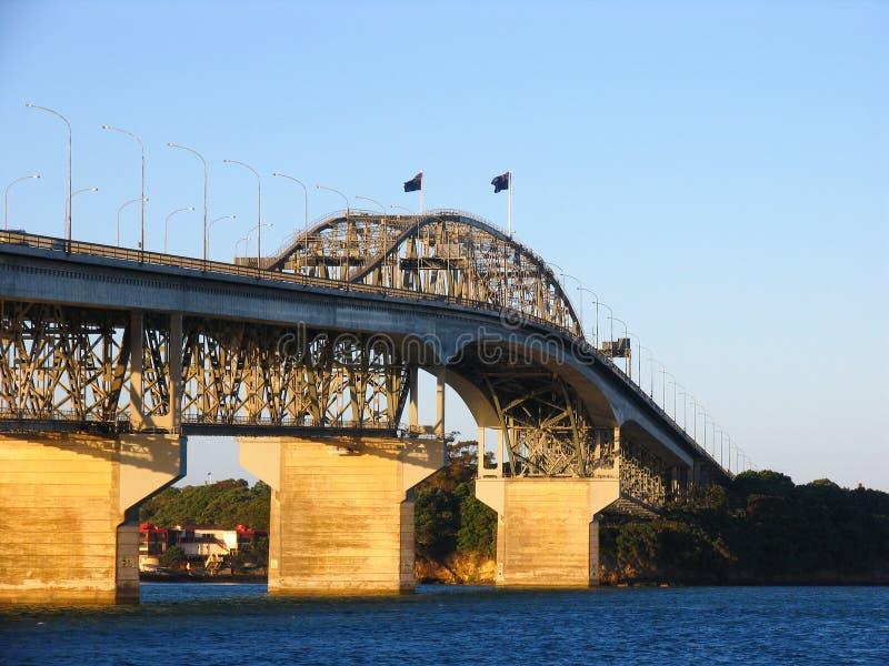 Puente del puerto de Auckland imagenes de archivo