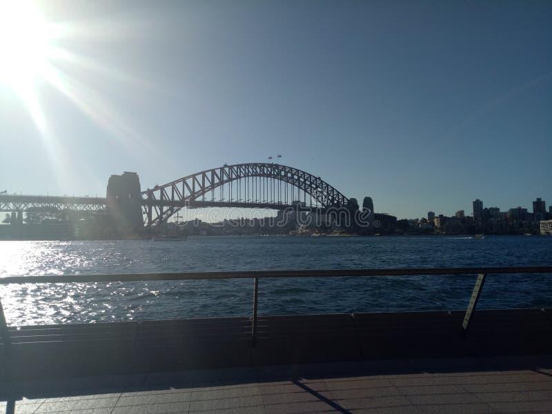 Puente del puerto que recorre fotos de archivo libres de regalías
