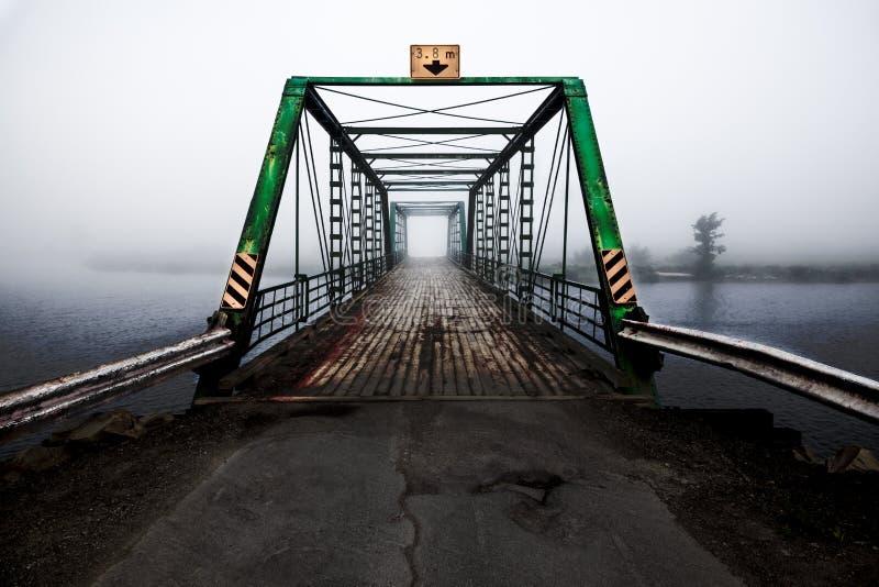Puente del río fotos de archivo