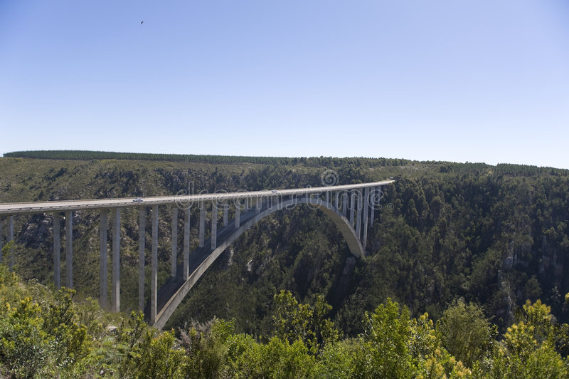 Puente del río de Bloukrans (216 m) foto de archivo