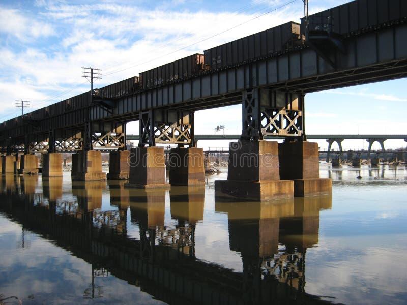 Puente del río de James fotografía de archivo libre de regalías