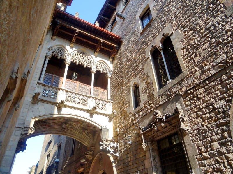 Puente del ` s del obispo en cuarto gótico fotos de archivo