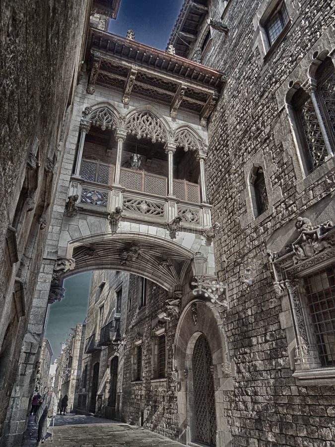 Puente del ` s del obispo en cuarto gótico imagen de archivo