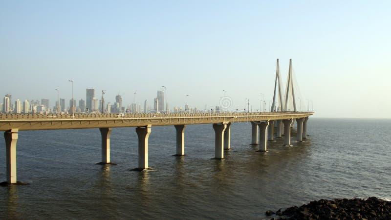 Puente del vínculo del mar de Bandra Worli de Bombay foto de archivo