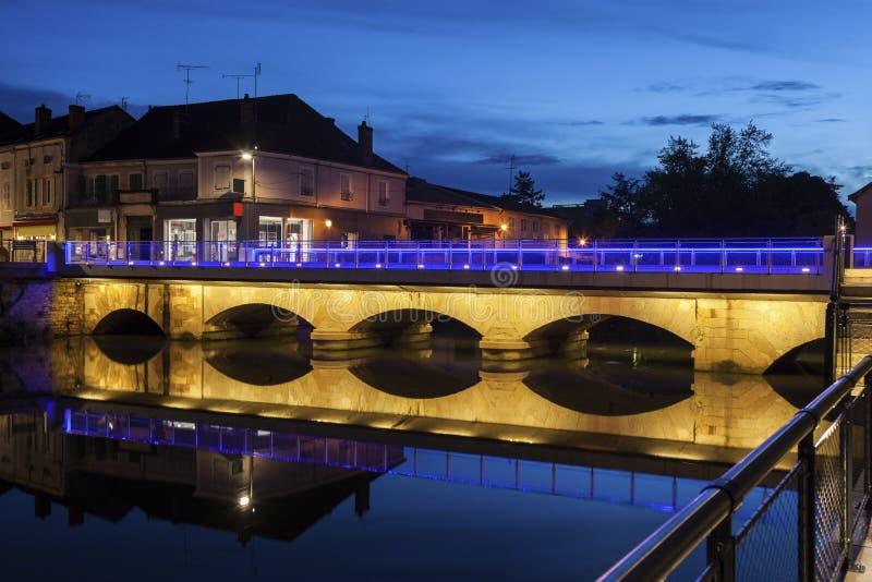 Puente en el Paray-le-Monial fotos de archivo